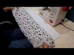15 Panos de Prato com Barrado de Tecido para Inspirar Patch Quilt, New Years Eve Party, Diy Videos, Tea Towels, Marie, Sewing Projects, Sewing Patterns, Patches, Quilts