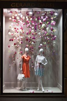 Gérard Darel – 2015 – mannequins collection MODE – Cofrad mannequins – Famous Last Words Spring Window Display, Fashion Window Display, Window Display Retail, Christmas Window Display, Window Display Design, Boutique Interior, Boutique Decor, Boutique Design, Boutique Window Displays