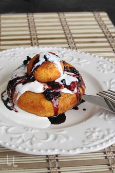 Romanian Food, Cookie Recipes, Cupcakes, Foods, Cookies, Tea, Drink, Baking, Breakfast