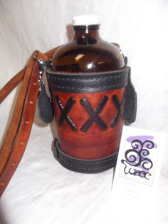 Leather Growler Cover 32 oz by Vozee on Etsy