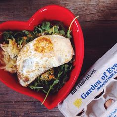 love the food you eat + it will love you right back | #breakfastcriminals #glutenfree #healthybreakfast