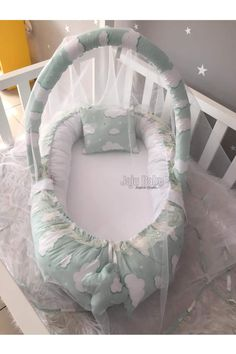Jaju Baby Green Cloud Patterned Babynest Mosquito Net and Toy Hanger  Price: 105.00 & FREE Shipping  #babytoys Clouds Pattern, Mosquito Net, Bedtime, Baby Toys, Baby Car Seats, Hanger, Free Shipping, Children, Green