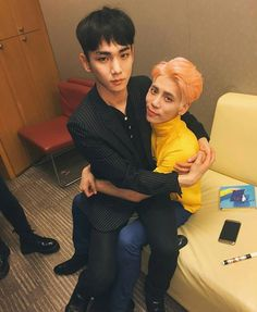 OH MY FUCKING GOD MY HEART JUST EXPLODED MY JONGKEY SHIPPING LITTLE HEART IS GONE