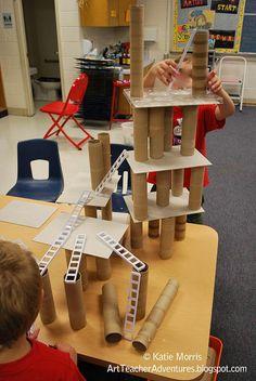 Building with recycled materials - blocks, block play, construction, STEM Reggio Emilia, Block Center, Block Area, Decoration Creche, Block Play, Reduce Reuse Recycle, Play Based Learning, Preschool Classroom, Creative Curriculum Preschool
