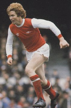 Willie Young of Arsenal in Football Kits, Arsenal, Hero, Classic, 1980s, Terrace, Sports, Legends, Style