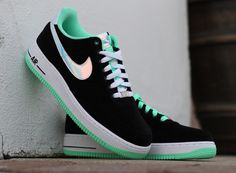 Nike Air Force 1 Low – Black – Shiny Silver – Green Glow