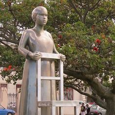 Anton Momberg's tribute to the countless women who helped grow the city of Port Elizabeth. Route 67, Port Elizabeth South Africa, Provinces Of South Africa, Cruise Port, World Traveler, Anton, Something To Do, Wildlife, African