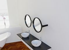 This spectacle mirror set is part of Reflect Me, a series of mirror frames designed by Maria Yasko