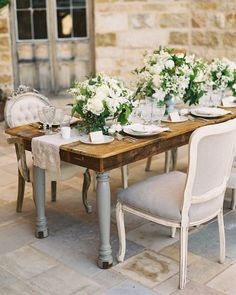 Wedding table decor inspiration   http://www.bridestory.com/joy-proctor-design/projects/portfolio1464183087