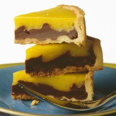 Découvrez la recette Tarte citron-chocolat sur cuisineactuelle.fr.