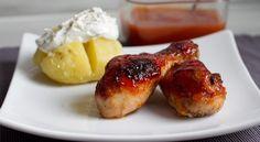 Receta para preparar muslos de pollo diferentes, su elaboración es muy fácil y el sabor exquisito. Receta para 6 personas La preparación dura aproximadamente 15 minutos El tiempo de cocción es de 4...