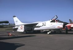 French Marine Nationale Aeronavale Vought F-8 Crusader. Pictured at Tours September 1981.