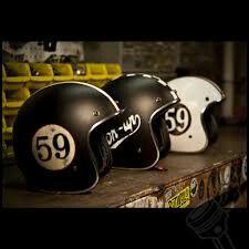 honda cafe racer Ducati Pantah vintage-cafe-racer-caferacer-bobber-brat-chopper-custom-motorcycle-culture-riding-gear-old-school-helmets-jos. Retro Helmet, Vintage Helmet, Vintage Cafe Racer, Custom Helmets, Custom Bikes, Cool Motorcycles, Vintage Motorcycles, Cafe Racer Helmet, Vw T