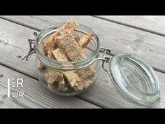 Hirsepinner er naturlig jernrike og kan gis fra 6 måneder. Her er en superenkelt oppskrift som du kan lage både hirsepinner og kjeks av.