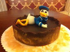 Donald Duck cake by Kavarium