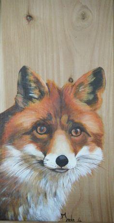 Geschilderde vrouwtjes vos. Acryl op larixhout. Ineke Nolles.