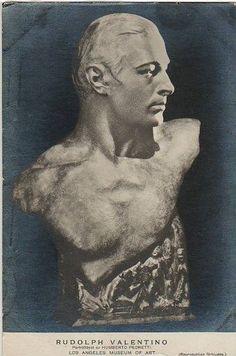 Rudolph Valentino sculpture