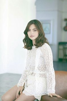 Jenna Coleman in White.Also, brief reminder that Victoria series 3 is going to air on Sunday on PBS, for those that have access to it. I'm really looking forward to it, but fear I might have to wait until the ITV release, the date of which still is. Haircut Styles For Women, Short Haircut Styles, Hair Styles, Clara Oswald, Blackpool, Pretty People, Beautiful People, Non Blondes, British Actresses