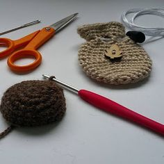 I originally wrote this pattern for a crochet crystal pouch necklace (amulet bag/medicine bag. Crochet Pouch, Crochet Hooks, Free Crochet, Half Double Crochet, Single Crochet, Magic Circle, Yarn Needle, Slip Stitch, Leather Cord