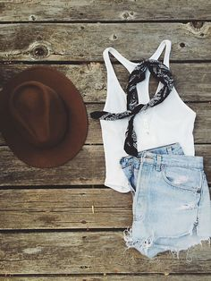 // by cierra_adele on Free People Summer Outfits, Cute Outfits, Vetement Fashion, Casual Street Style, Everyday Look, Spring Summer Fashion, Fashion Outfits, Fashion Trends, What To Wear