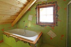 Originální obklady koupelny ve srubu