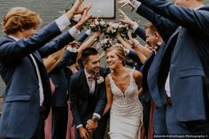 Fun wedding exit inspiration, guest tunnel exit