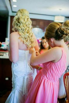 Long blonde bridal hair,  with curls and braids for a country wedding