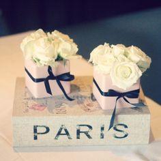 Paris, cake table, mela de bolo, birthday, macarons, pink and black, rosa e preto, decoraçao, decor, almoço, mesa posta, lunch table, petit comité.