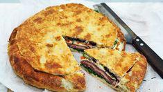 Lækkert brød der er perfekt til at have med på picnicturen og lige, hvad man trænger til efter en lang gåtur i den friske luft. Få opskriften her Quiche, Tapas, Buffet, Sandwiches, Pizza, Snacks, Breakfast, Recipes, Culture