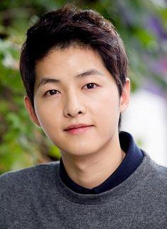 Đây chính là bí quyết giúp Song Joong Ki có làn da mịn màng hơn cả con gái - Ảnh 3.