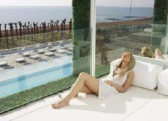 Turkije, Belek, Adam & Eve Hotel 5*.  Zeer luxe opgezet design hotel direct gelegen aan privé strand. Zeer groot terrein tussen de pijnboombossen. Trendy hotel voor mensen die van luxe houden, de langste bar ter wereld, een duik in het Olympische zwembad, het spacenter, uw luxe designkamer en verrukkelijk eten. Het centrum van Belek ligt op 1 km afstand.