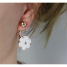 Náušnice Stylush Flower | Womanology.sk #earrings #fashionjewelry #fashionjewellery #costumejewelry #costumejewellery #bijouterie #bijoux #fashion #style #accessories Pearl Earrings, Pearls, Pretty, Jewelry, Jewels, Pearl Studs, Jewlery, Beads, Jewerly