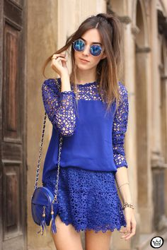 monochromatic outfit all blue