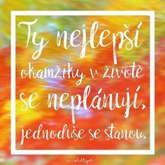 """21 To se mi líbí, 1 komentářů – Slova, která pohladí (@sloktepo) na Instagramu: """"Najdi mír ve své duši a všechno ostatní si tě najde. Krásný pátek bez plánů☀️☕️ #sloktepo #motivacni #hrnky #citaty #inspirace #czech #czechgirl #kafe #originalgift"""