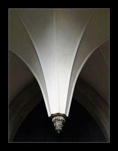 Portál kostela Nanebevzetí Panny Marie Kutná Hora Sedlec. Shape And Form, Milan, Mario, Shapes, Author