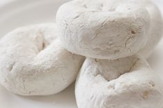 Simple Powdered Donuts - Perfect for the un-domestic diva