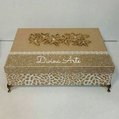 Caixa porta jóias. @danibatistela_ #ateliedivinarte #artesanatoemmdf #caixademdf #caixaforrada #caix - ateliedivinarte