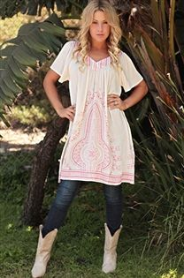 Tunic and cowboy boots, classic look!  Be Inspired Boutique #inspiredbyyou