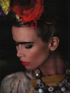 Fashion Studio Magazine: FASHION ICON - FRIDA KAHLO