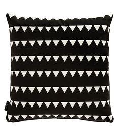 pillow b/w triangle...