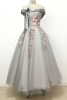 A-Line Sleeve Word Shoulder Homecoming Dresses, Light Grey Bowknot Lace Long Prom Dress2017 HCD15