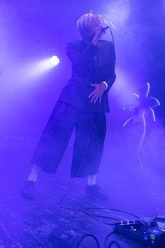 Swiss Singer CRIMER Live – Mühle Hunziken 2020 | SwissGlam.ch Pop Singers, Music Awards, Live Music, Dc Comics, In This Moment, Concert, Concerts