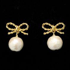 Ribbon with Cotton Pearl Earrings JUICYROCK