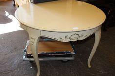 Matbord i bondrokoko/Lager : 2900kr