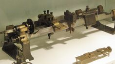 c.1800 screwcutting lathe by Henry Maudslay, displayed at the Science Museum.