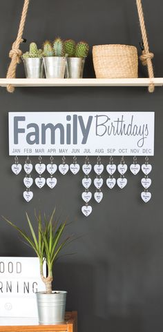 Sweet Home Decoration .Sweet Home Decoration Home Decor Hacks, Diy Home Decor, Room Decor, Decor Ideas, Home Projects, Home Crafts, Diy And Crafts, Birthday Wall, Family Birthday Board