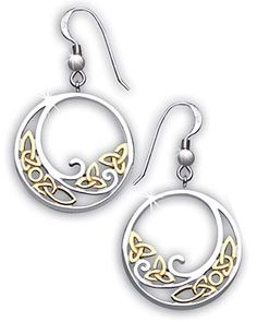 Beautiful celtic earrings.
