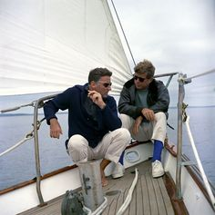 President John F. Kennedy sails with his brother-in-law, Peter Lawford, off the coast of Johns Island, Maine, 12 August 1962. #oldschoolcool