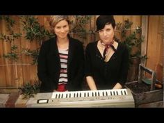 """Butterfly Boucher """"None The Wiser"""" LIVE with Missy Higgins - These two are just the fucking cutest. Besties <3 <3"""
