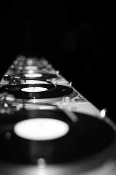 Vinyl design power, mix the illimited beat. The power of oldschool vinyl tables for best music sensations. House Music, Music Is Life, Vinyl Collection, Guitar Collection, We Will Rock You, Pop Rock, Dj Equipment, Record Players, Music Stuff